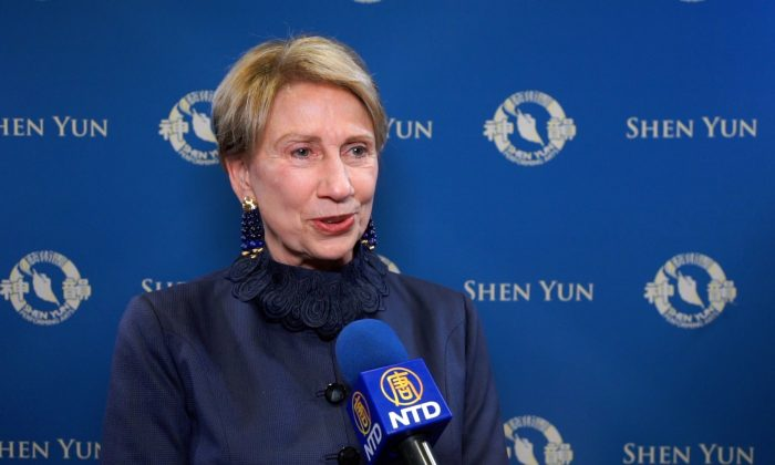 Former Ambassador to Finland Thrilled by Shen Yun's Extraordinary Performance