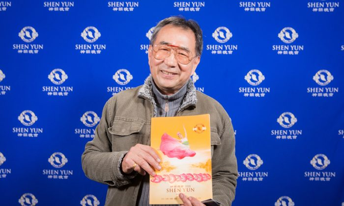 Taiwanese Screenwriter Says He's Learned So Much at Shen Yun