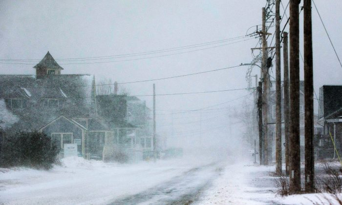 White-out conditions hit Nantasket Ave. in Hull, Massachusetts on January 4, 2018. (Scott Eisen/Getty Images)