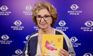One Longs to See What Shen Yun Showed Us, Actress Says