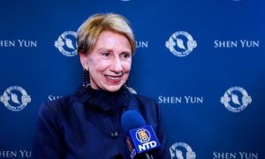 Former US Ambassador to Finland 'Thrilled' to See Shen Yun
