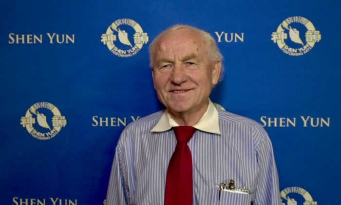 Professor of Medicine on Shen Yun Music: 'This music is a healer'