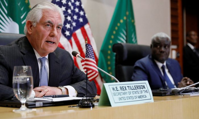 U.S. Secretary of State Rex Tillerson (left) and African Union (AU) Commission Chairman Moussa Faki, of Chad, hold a news conference after their meeting at the African Union headquarters in Addis Ababa, Ethiopia on March 8, 2018. (Jonathan Ernst/Reuters)