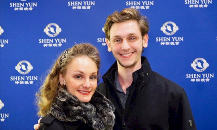 Ice Skater Sees Shen Yun Performers Benefit From Their Spiritual Background
