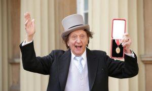 British Comedian Ken Dodd Dies Aged 90