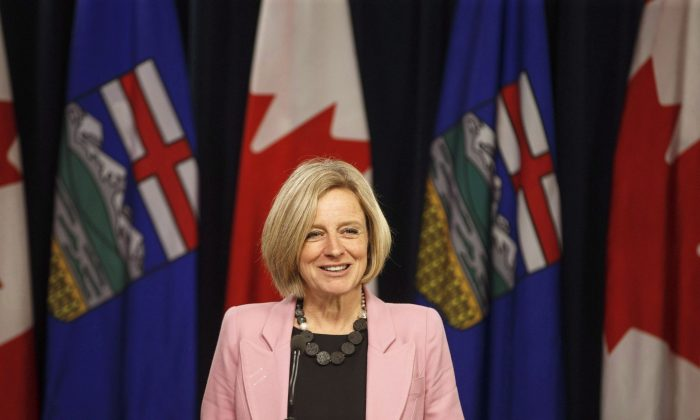 Alberta Premier Rachel Notley speaks to media before the Speech from the Throne in Edmonton on March 8, 2018. Alberta politicians are struggling to find consensus and speak with one voice in the Trans Mountain pipeline fight with British Columbia. (The Canadian Press/Jason Franson)