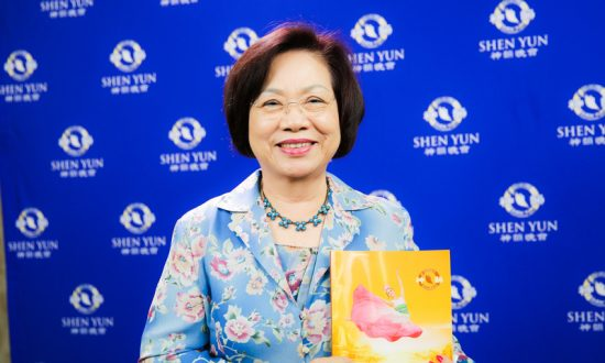 Company President Still Amazed After Seeing Shen Yun for the Second Time