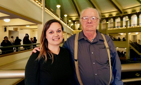 'The erhu is an extraordinary instrument,' Theatergoer Says