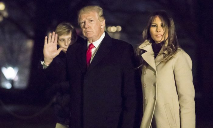 President Donald Trump, First Lady Melania Trump, and Barron Trump arrive at the White House in Washington, on Jan. 1, 2018. (Samira Bouaou/The Epoch Times)
