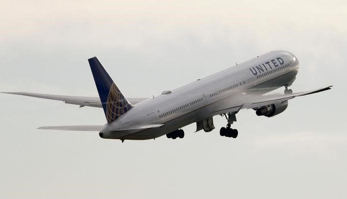 A United Airlines Boeing 767-424(ER) aircraft takes off from Zurich Airport January 9, 2018. (Reuters/Arnd Wiegmann)