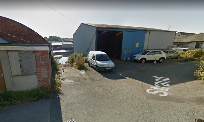 The place where the car carrying 2-year-old Kiara is believed to have entered the water. (Screenshot via Google Maps)