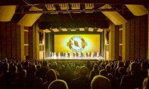Principal Dancer Finds Shen Yun Performance Mesmerizing