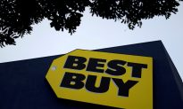 Update: Best Buy Offers to Rehire Security Guard Who Tackled Criminal