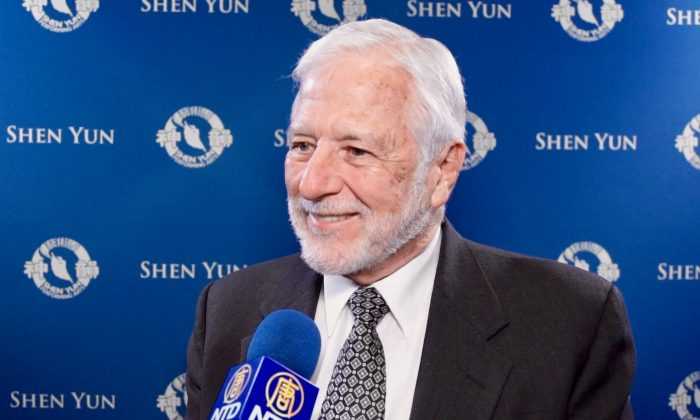 Doctor Finds His Experience at Shen Yun Marvelous