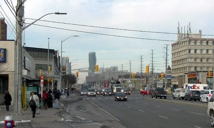 Hurontario Street in Mississauga. A suspect in the beating an autistic man at a bus terminal in Mississauga maintains his innocence, says his lawyer.  (Transportfan70/Public Domain)