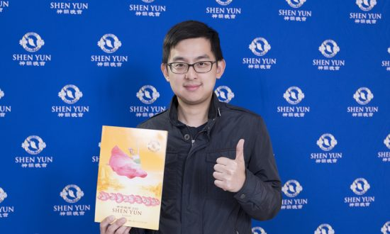 Director General Enjoys Shen Yun's Story of 'Journey to the West'