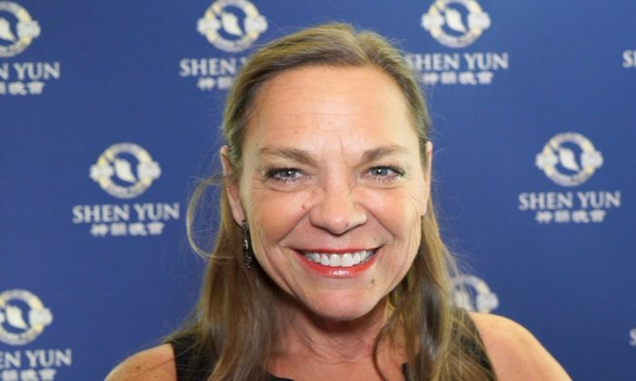 Figure Skating Coach Wishes Every Member of Her Team Were at Shen Yun