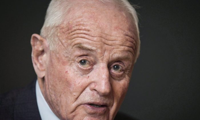 Barrick Gold reported founder Peter Munk, seen here on Dec. 4, 2013, died peacefully in Toronto on March 28. He was 90. (The Canadian Press/Mark Blinch)