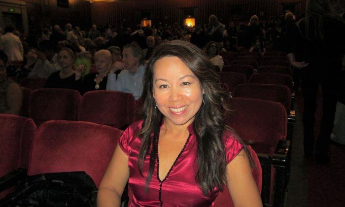 Theatergoer Loves the 'Tranquility and the Peaceful Message' of Shen Yun