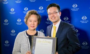 Cerritos City Mayor Says Shen Yun Makes Chinese People Proud