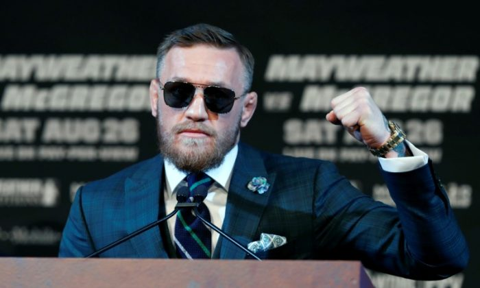 Conor McGregor of Ireland makes a fist during a news conference in Las Vegas, Nev., on Aug. 23, 2017. (Steve Marcus/Las Vegas Sun via Reuters)