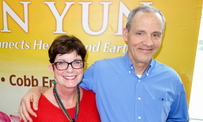 'It all comes together nicely,' Airline Pilot Says at Shen Yun