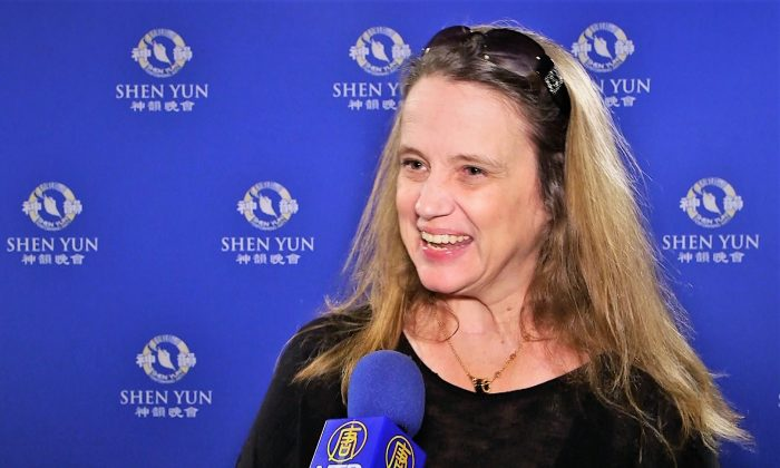 Shen Yun Is 'Something Everybody Needs to See,' Movie Producer Says