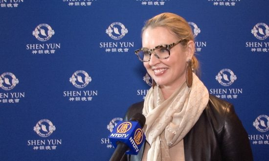 Former News Anchor Finds Hope at Shen Yun
