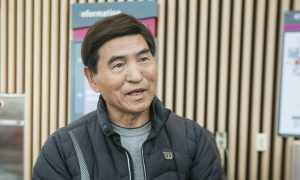 Director Reminisced About Childhood Life at Shen Yun