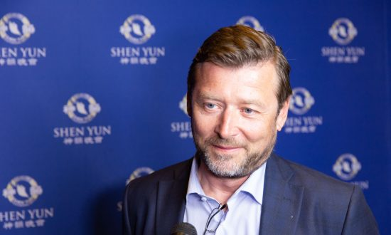 CEO Says Shen Yun Made Him Feel as If Blessed