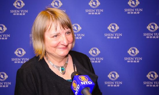 Journalist: Shen Yun Is Compelling and Overwhelming