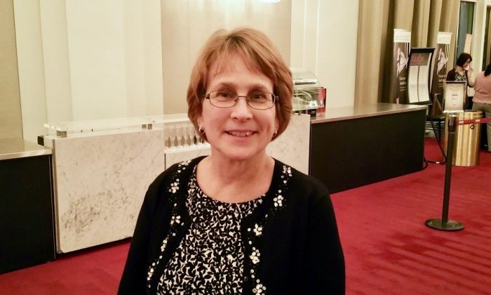 School Supervisor Finds Shen Yun Enchanting and Calming