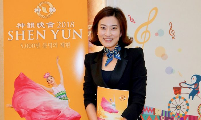 Shen Yun 'Performers Deserve Warmest Applause,' Violinist Says
