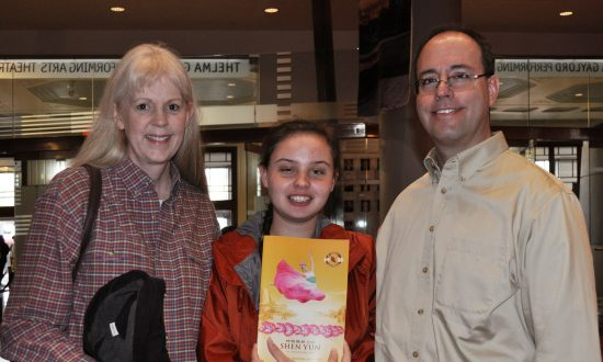 University IT Director Enjoys 'Positive, Upbeat Nature' of Shen Yun Music