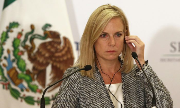 U.S. Homeland Security Secretary Kirstjen Nielsen delivers a joint message with Mexico's Interior Minister Alfonso Navarrete Prida (not pictured) in Mexico City, Mexico March 26, 2018. (Reuters/Edgard Garrido)