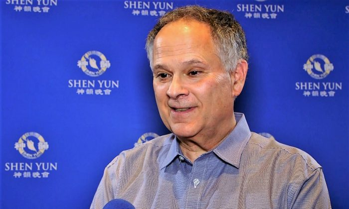 International Speaker Finds Shen Yun Unbelievable