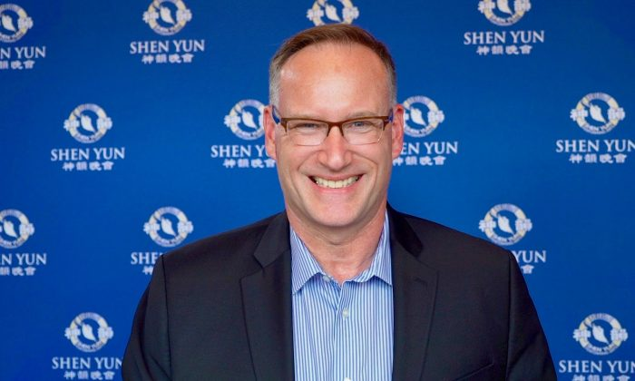 College Dean Says Shen Yun Can Rejuvenate Our Own Spirit