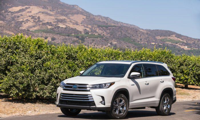 2018 Toyota Highlander Hybrid. (Courtesy of Toyota)