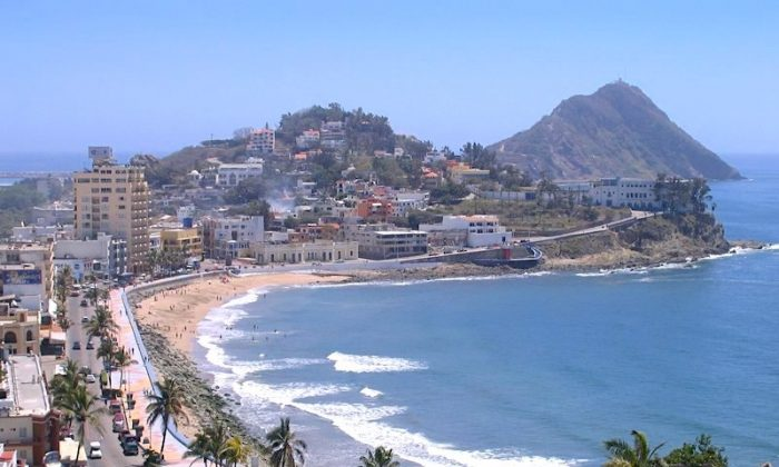 Mazatlan's boardwalk is the longest in Mexico. (Nicholas Kontis)