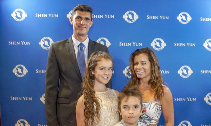 Corporate Holistic Lifestyle Coach Finds Shen Yun Breathtaking and Inspirational