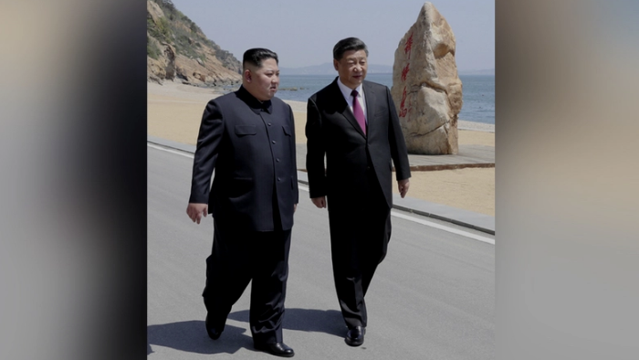 Chinese President Xi Jinping and North Korean leader Kim Jong Un meet in Dalian, Liaoning province, China in this picture released by Xinhua on May 8, 2018. (Xie Huanchi/Xinhua via Reuters)
