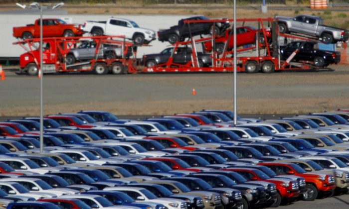 Newly assembled vehicles are seen at a stockyard of the automobile plant Toyota Motor Manufacturing of Baja California in Tijuana, Mexico, Apr. 30, 2017. (REUTERS/Jorge Duenes/File Photo/File Photo)