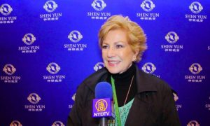 Shen Yun Opens in Mexico City to a Packed House
