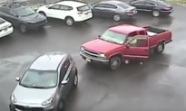 Woman Parks Car Over the Line, Watch a Driver Teach Her Lesson in Parking Etiquette
