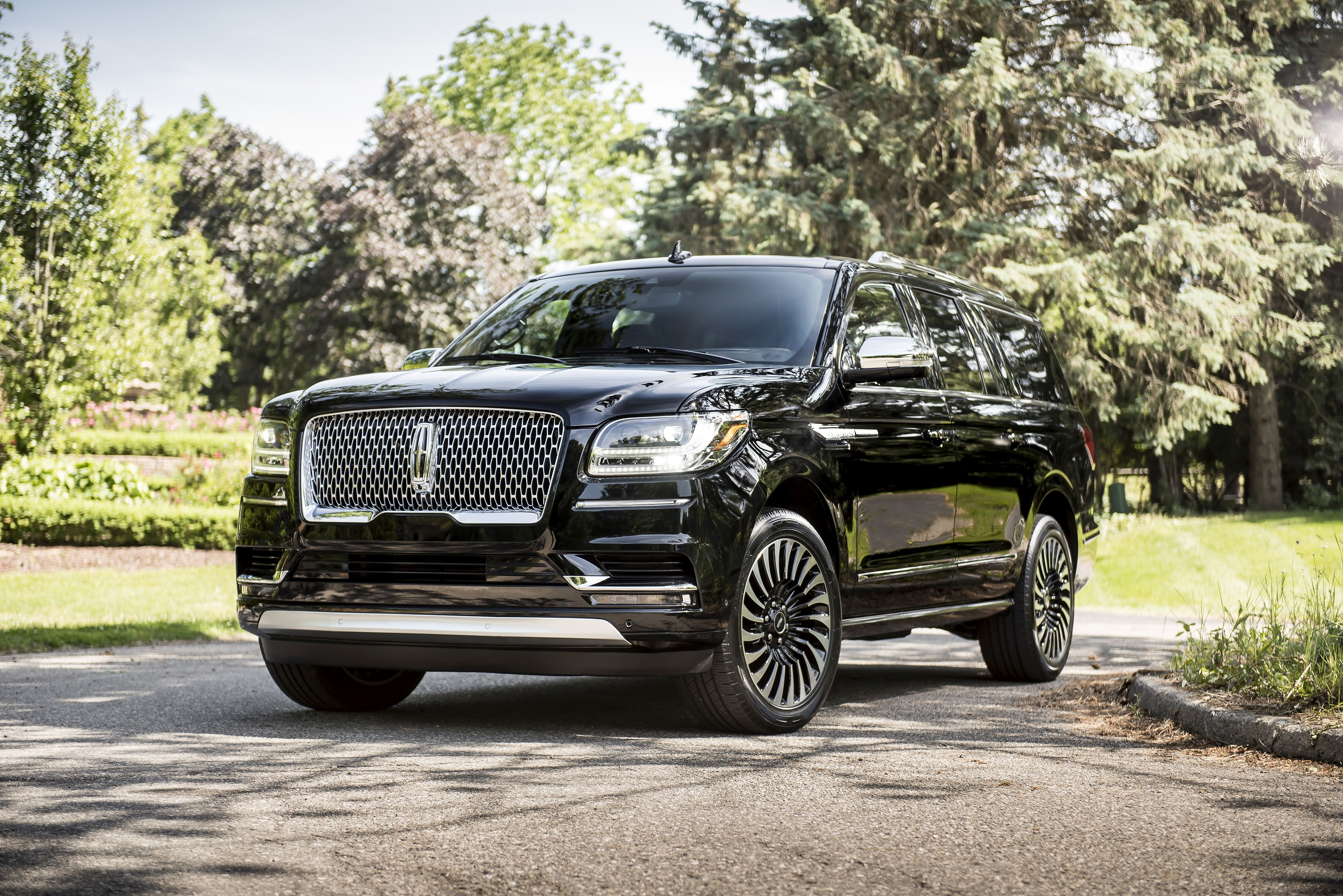 Lincoln Motor Company >> Lincoln Defining A Brand As A Forerunner In The Premium
