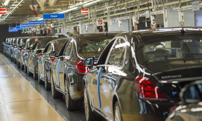Mercedes-Benz S-Class cars are lined up at the final station of the assembly line on Jan. 24, 2018 at a plant of the Stuttgart-based luxury carmaker Mercedes-Benz in Sindelfingen, southwestern Germany.