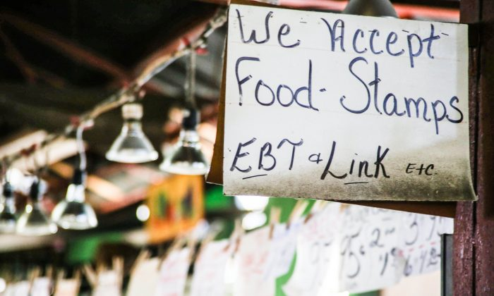 A store accepting food stamps. (Paul Sableman/Flickr [CC BY 2.0 (ept.ms/2haHp2Y)])