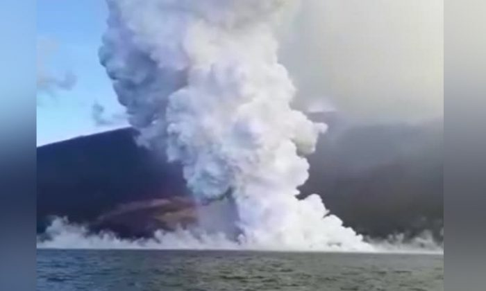 A volcano erupted spewing out lava in the Galapagos Islands on June 16, 2018. (Galapagos National Park via Reuters)