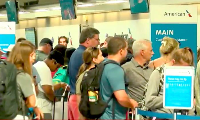 "Thousands stranded, again, due to American Airlines ""technical issue"" (Screenshot/Fox News)"