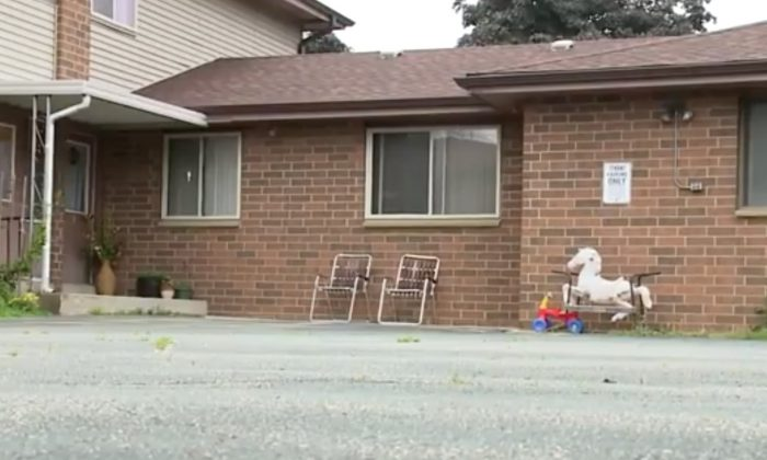 An apartment in Kenosha county where a two-year-old was found neglected by grandmother. (Screenshot via Tribune)